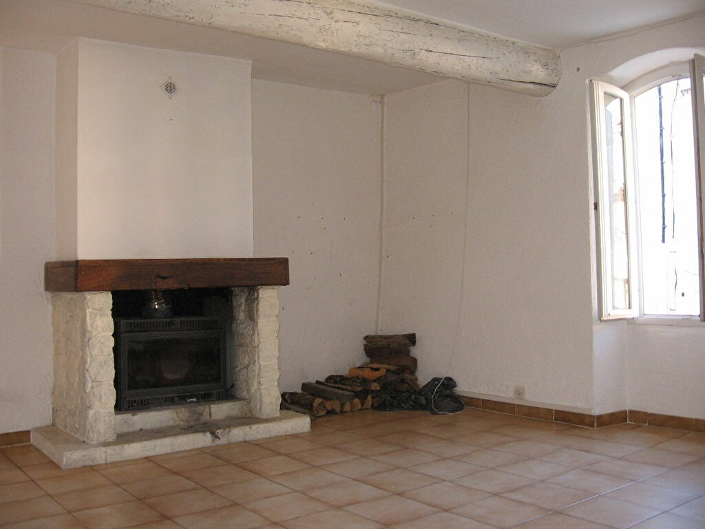 Maison à louer 3 75.47m2 à Grans vignette-2