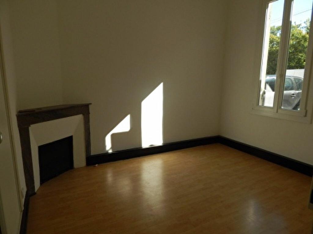 Appartement à louer 3 92.92m2 à Salon-de-Provence vignette-7