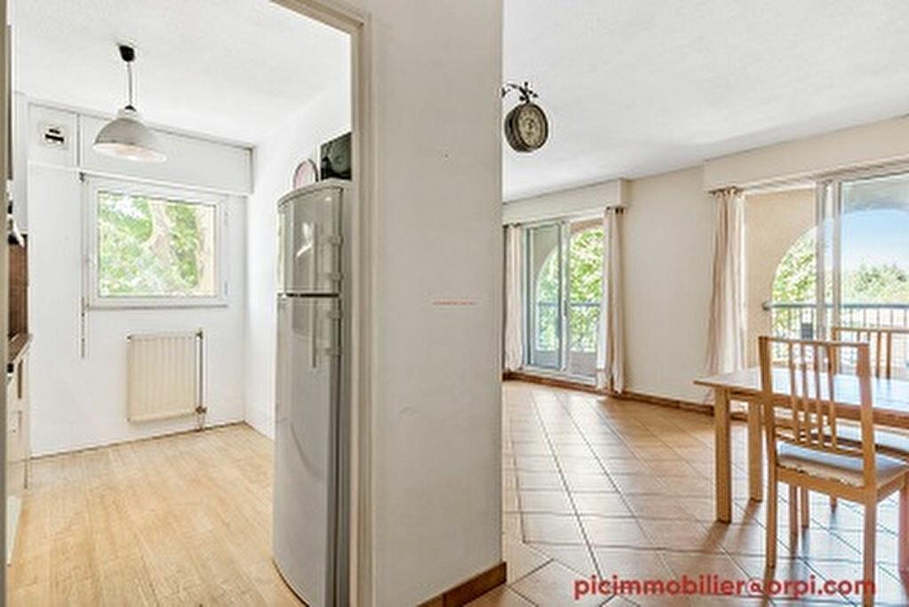 Appartement à louer 2 47m2 à Aix-en-Provence vignette-7