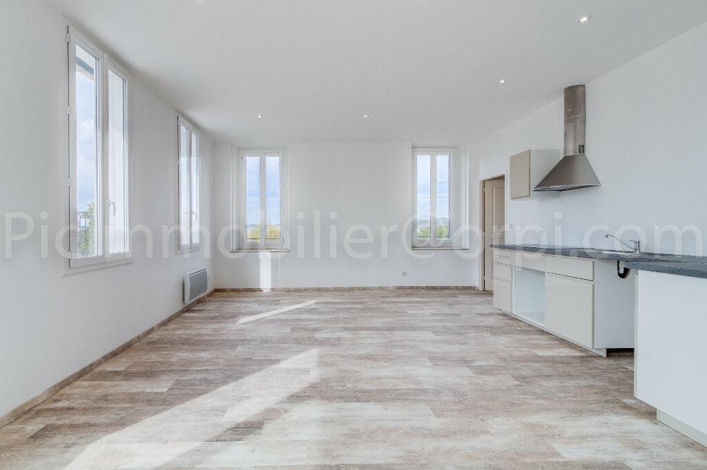Appartement à louer 4 88m2 à Saint-Chamas vignette-4