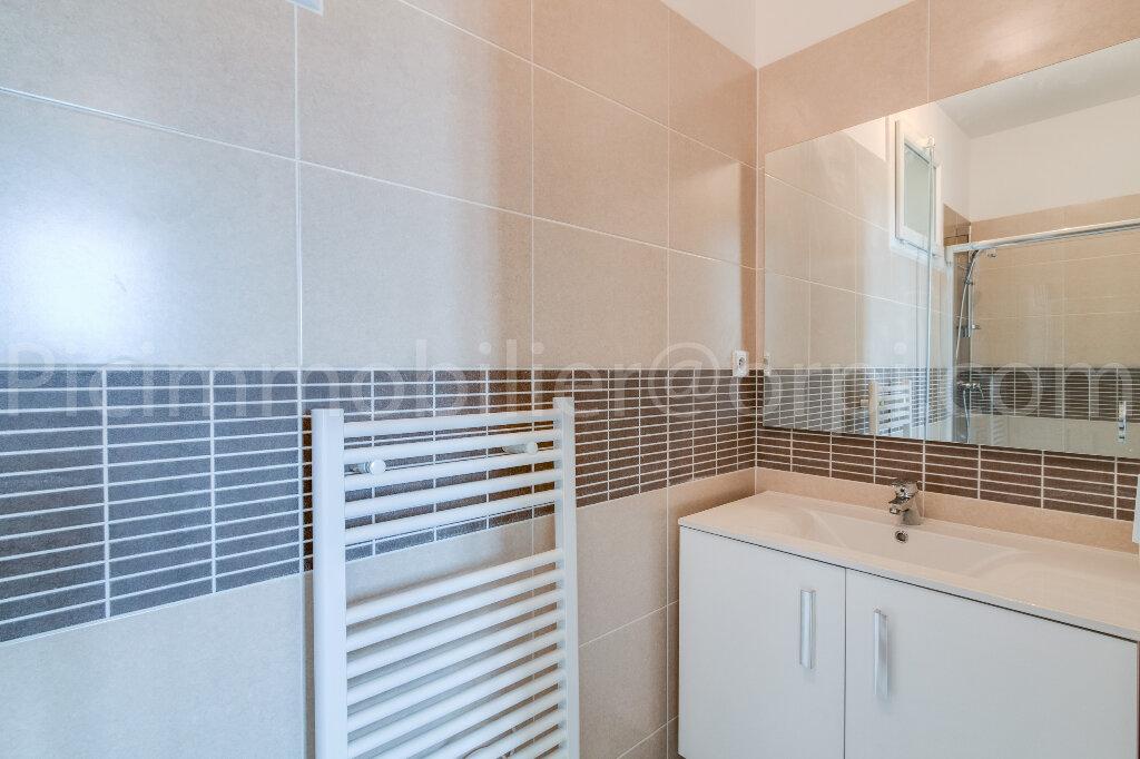 Appartement à louer 4 88m2 à Saint-Chamas vignette-7