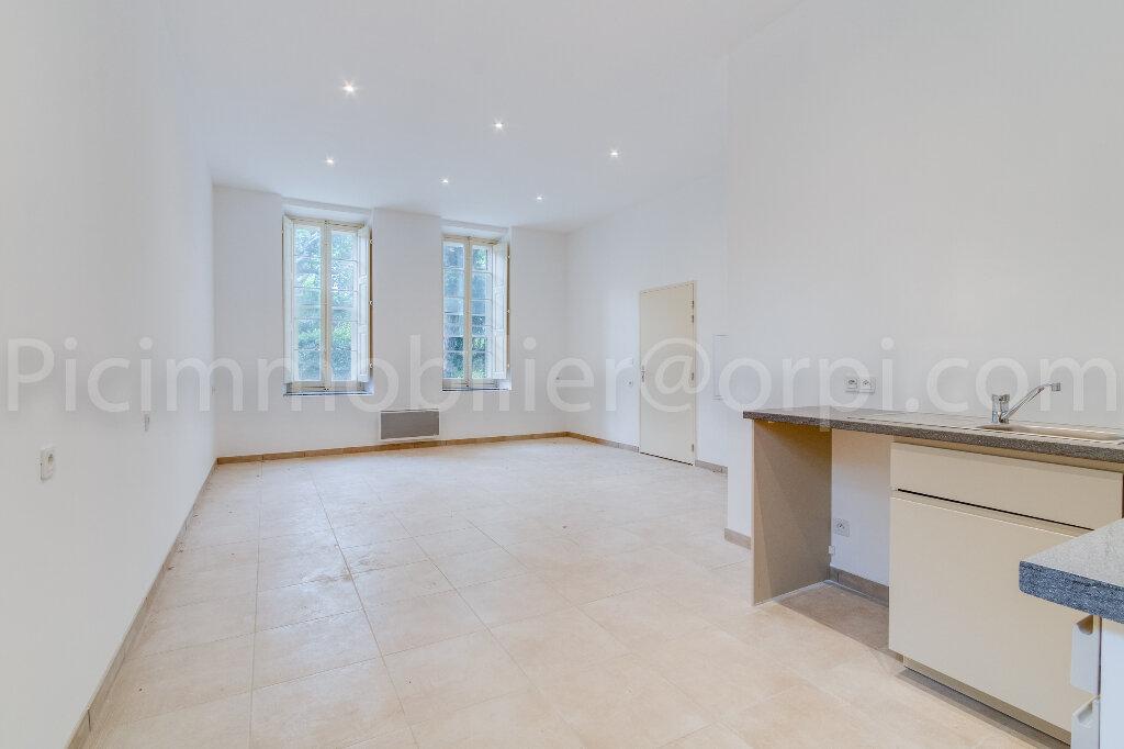 Appartement à louer 2 50.9m2 à Saint-Chamas vignette-4