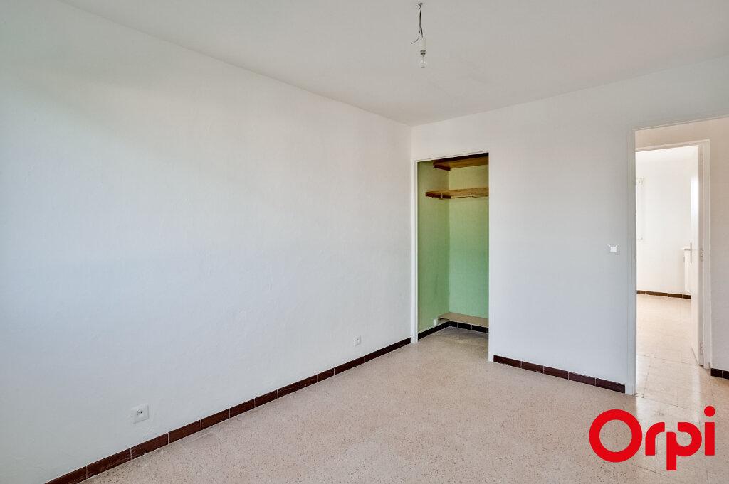 Appartement à louer 3 67m2 à Salon-de-Provence vignette-11