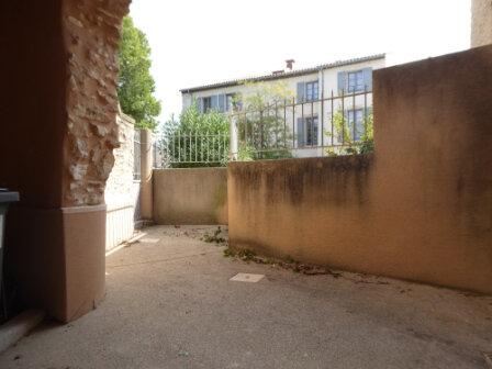Appartement à louer 3 64.24m2 à La Fare-les-Oliviers vignette-11