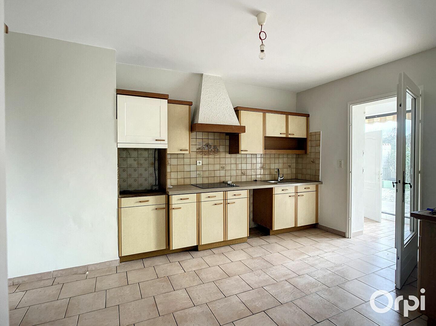 Maison à louer 4 87.3m2 à La Fare-les-Oliviers vignette-9