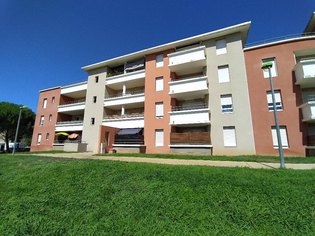 Appartement à louer 2 39.1m2 à Istres vignette-2