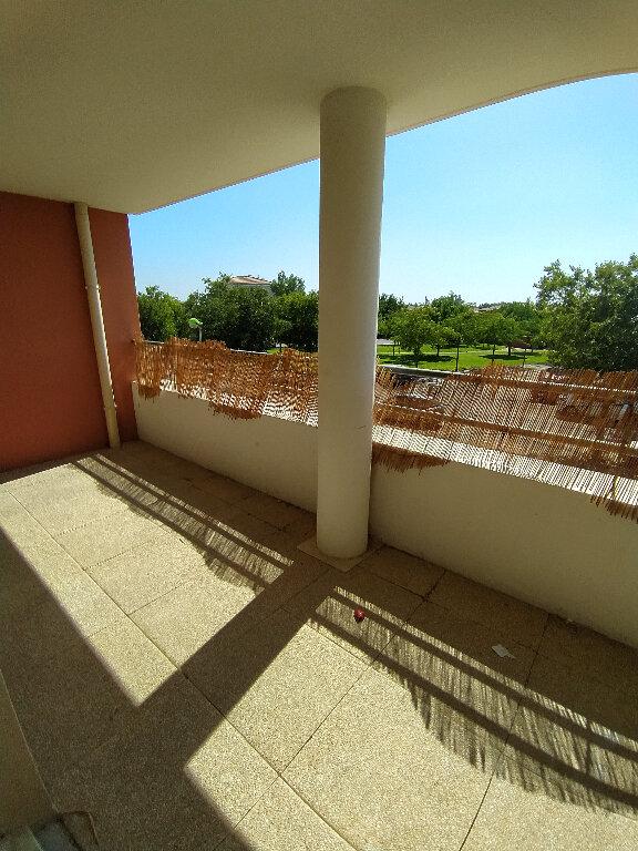 Appartement à louer 2 39.1m2 à Istres vignette-3