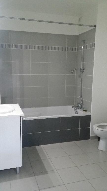 Appartement à louer 2 39.11m2 à Istres vignette-5