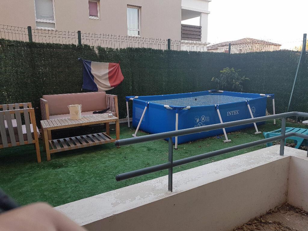 Appartement à louer 2 31.44m2 à Istres vignette-6