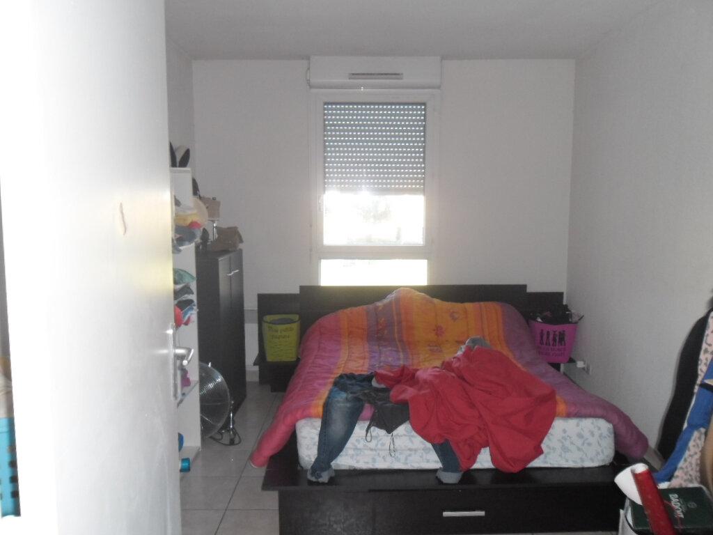 Appartement à louer 2 38.53m2 à Istres vignette-4