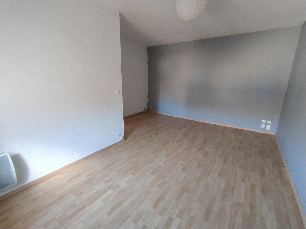 Appartement à louer 2 41.22m2 à Cavaillon vignette-2