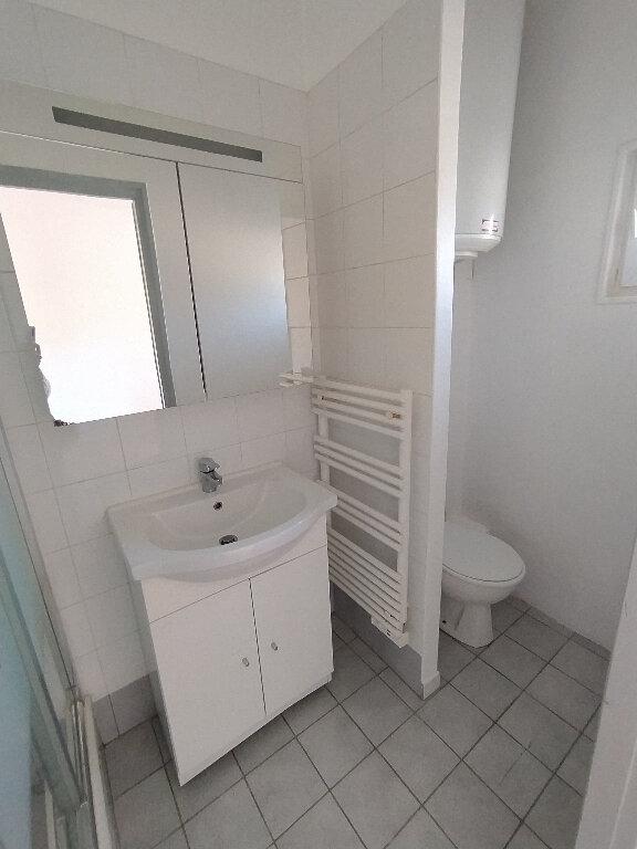 Appartement à louer 2 41.22m2 à Cavaillon vignette-5