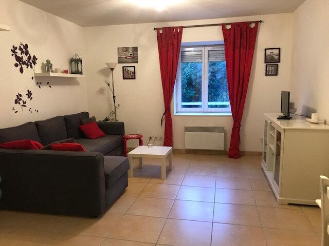 Appartement à louer 2 56.57m2 à Saint-Martin-de-Crau vignette-2