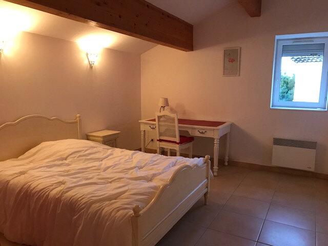 Appartement à louer 2 56.57m2 à Saint-Martin-de-Crau vignette-3