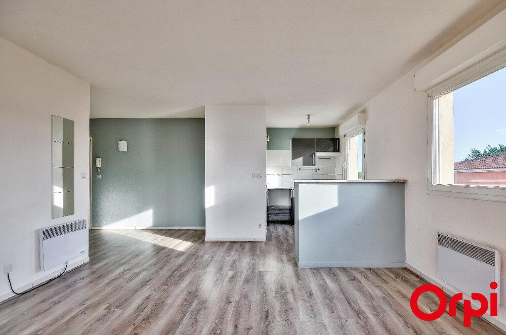 Appartement à louer 2 45.97m2 à Miramas vignette-2