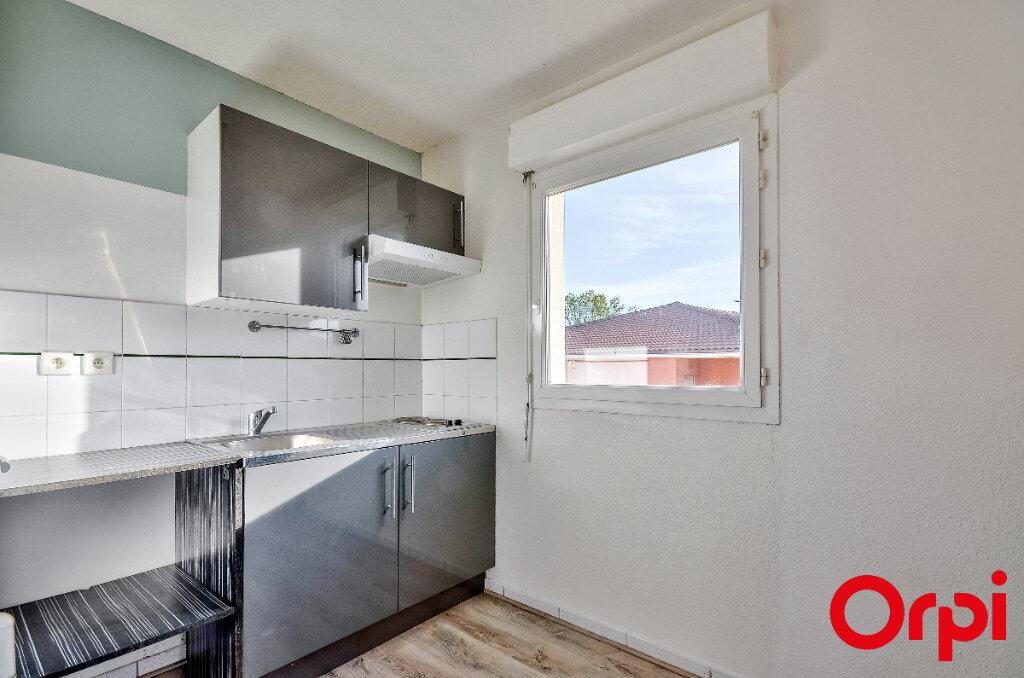 Appartement à louer 2 45.97m2 à Miramas vignette-3