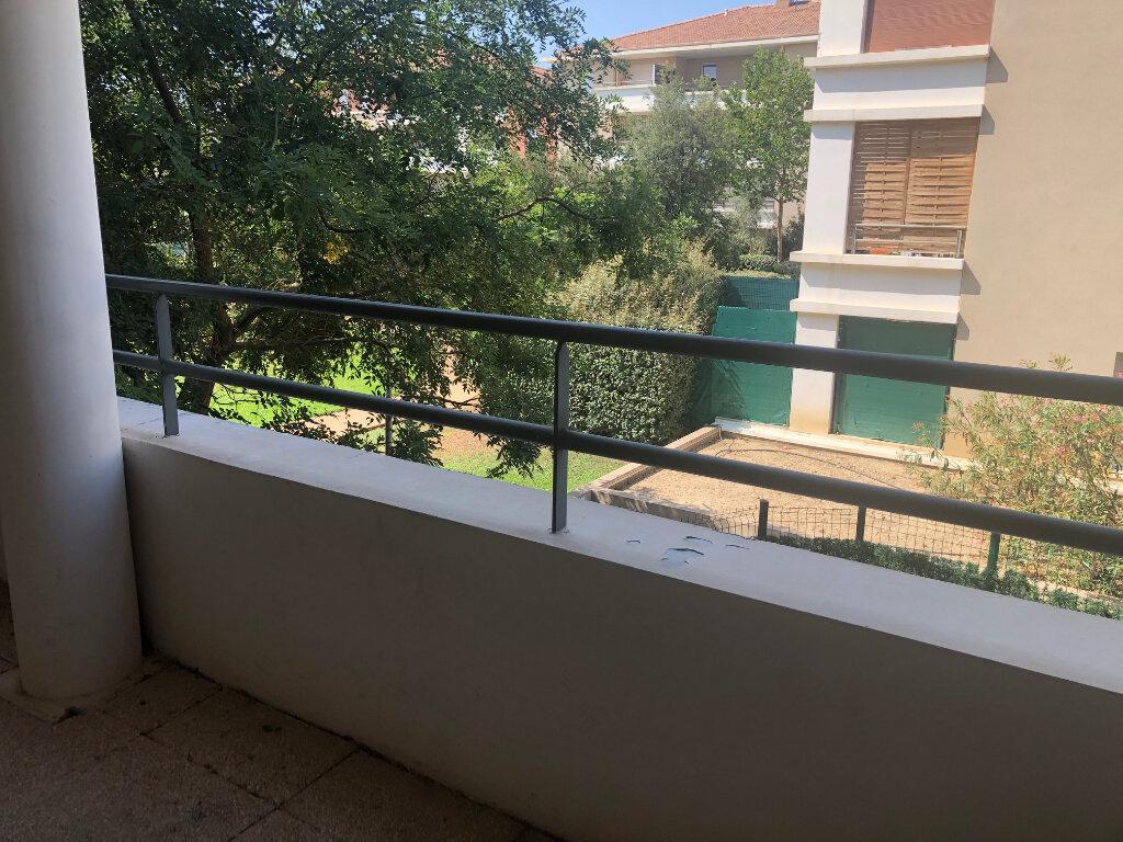 Appartement à louer 2 38.76m2 à Istres vignette-2