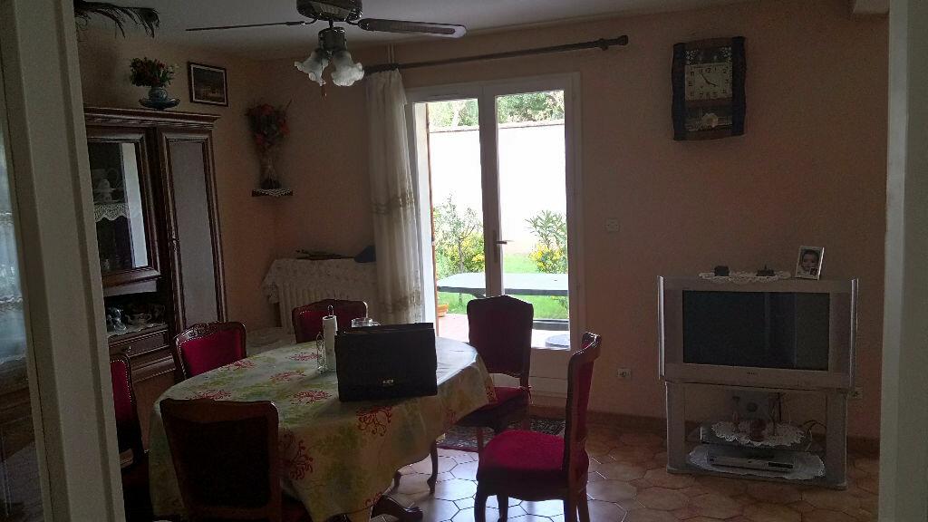 Maison à vendre 5 102m2 à Istres vignette-3