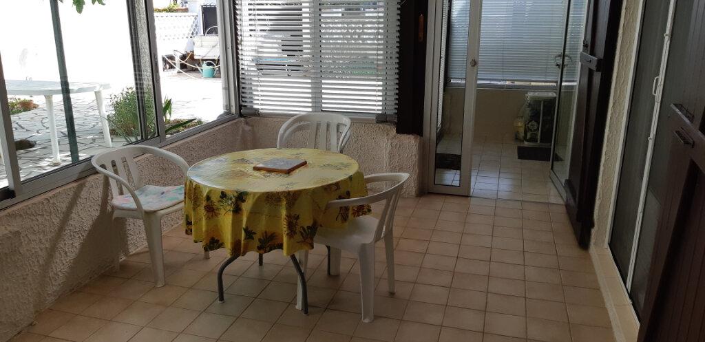Maison à vendre 5 112m2 à Saint-Martin-de-Crau vignette-5