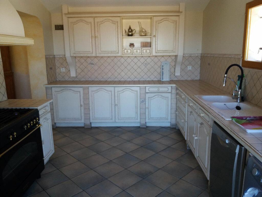 Maison à vendre 7 140m2 à Saint-Mitre-les-Remparts vignette-6