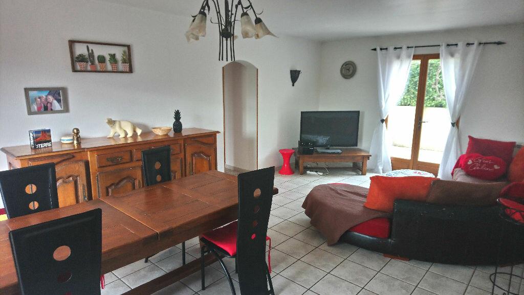 Maison à vendre 5 117m2 à Istres vignette-1