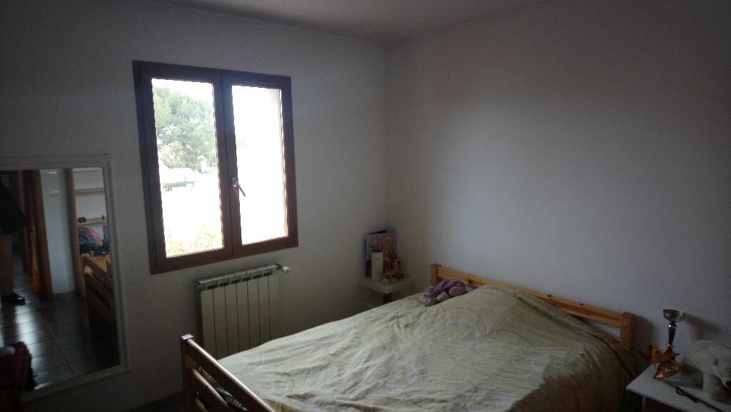Maison à vendre 5 117m2 à Istres vignette-7