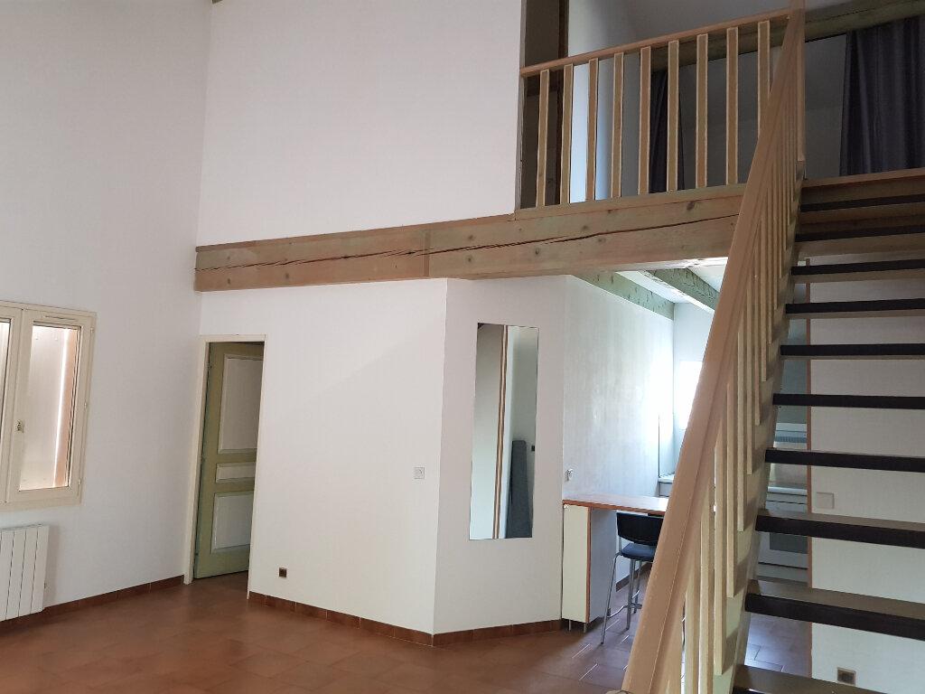 Maison à vendre 4 120.89m2 à Istres vignette-3