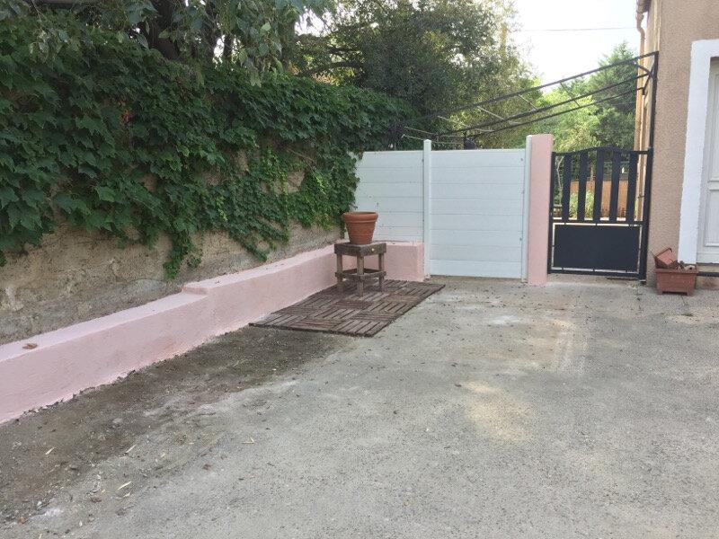 Maison à vendre 4 120.89m2 à Istres vignette-11