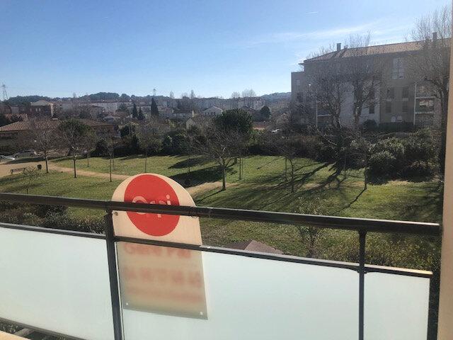Appartement à louer 2 39.88m2 à Istres vignette-1