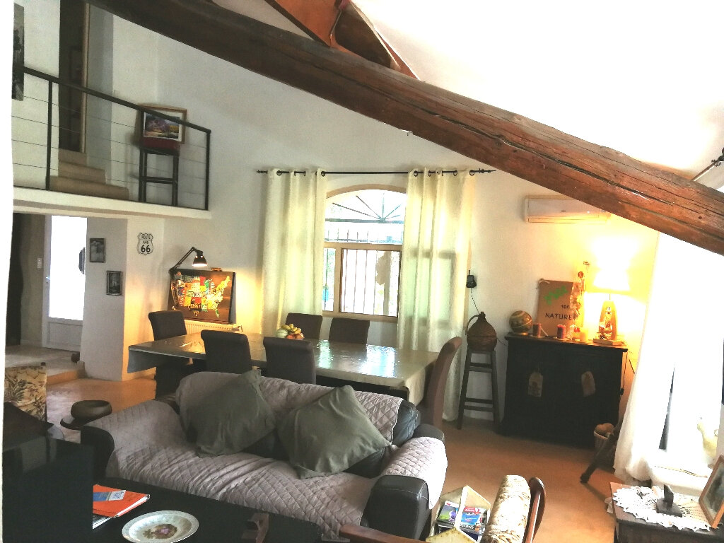 Maison à vendre 5 170m2 à Arles vignette-10