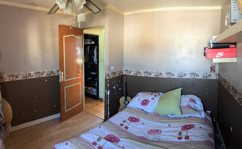Appartement à vendre 4 72m2 à Miramas vignette-3
