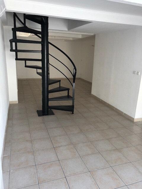 Immeuble à vendre 0 189.84m2 à Istres vignette-2