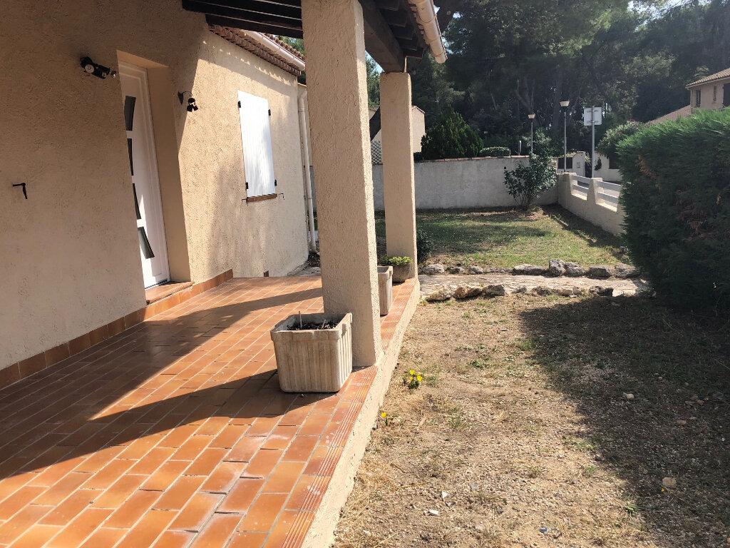 Maison à louer 4 114.34m2 à Istres vignette-3