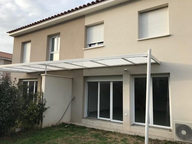 Maison à louer 4 101.02m2 à Saint-Martin-de-Crau vignette-2
