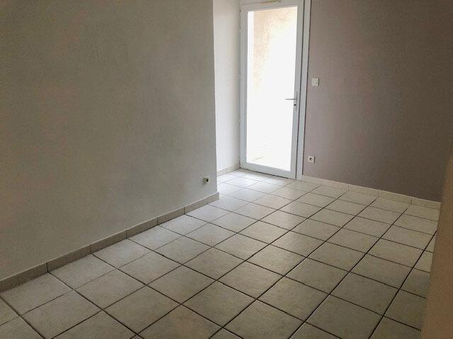 Appartement à louer 2 37.6m2 à Istres vignette-5