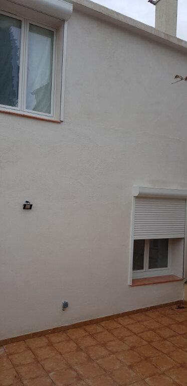 Appartement à vendre 1 20.47m2 à Saint-Mitre-les-Remparts vignette-5