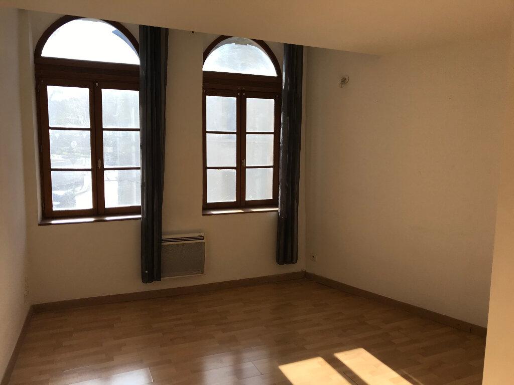 Appartement à louer 2 35.8m2 à Salon-de-Provence vignette-2