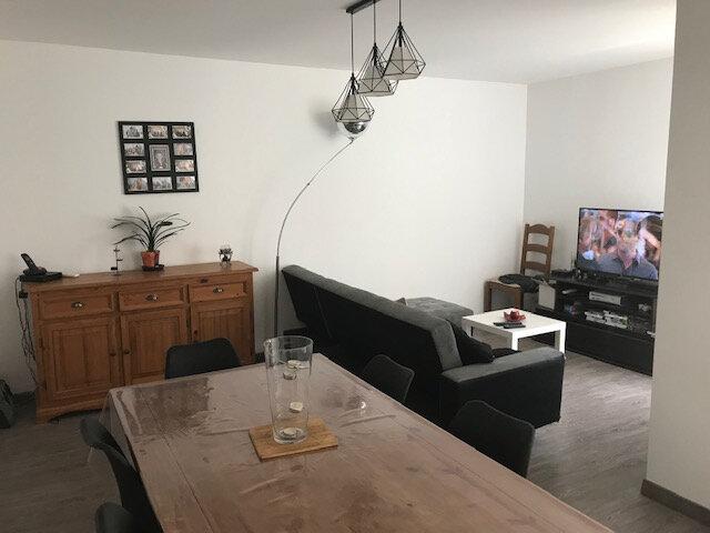 Appartement à louer 4 91.41m2 à Saint-Martin-de-Crau vignette-4