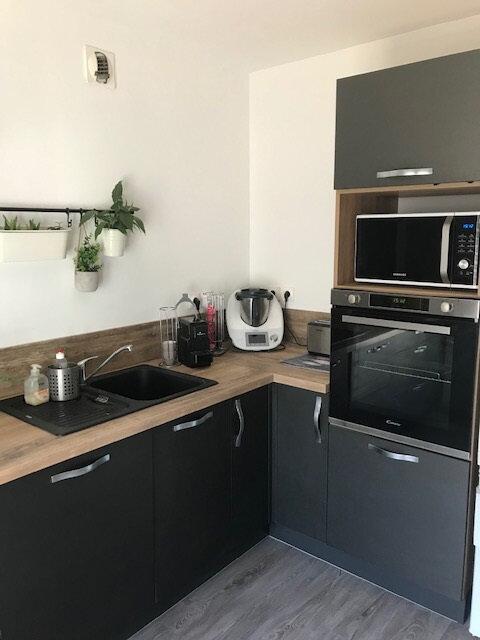 Appartement à louer 4 91.41m2 à Saint-Martin-de-Crau vignette-6