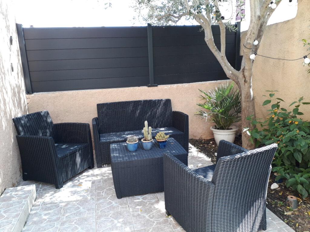 Maison à louer 5 112.25m2 à Istres vignette-2