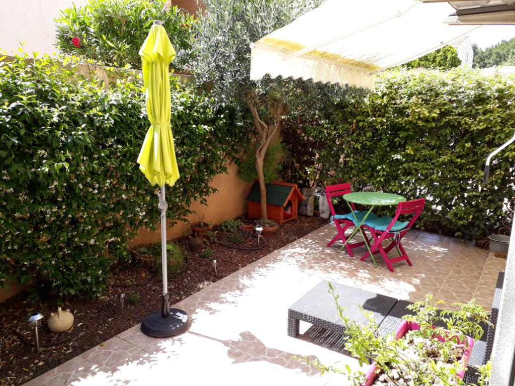 Maison à louer 5 112.25m2 à Istres vignette-3