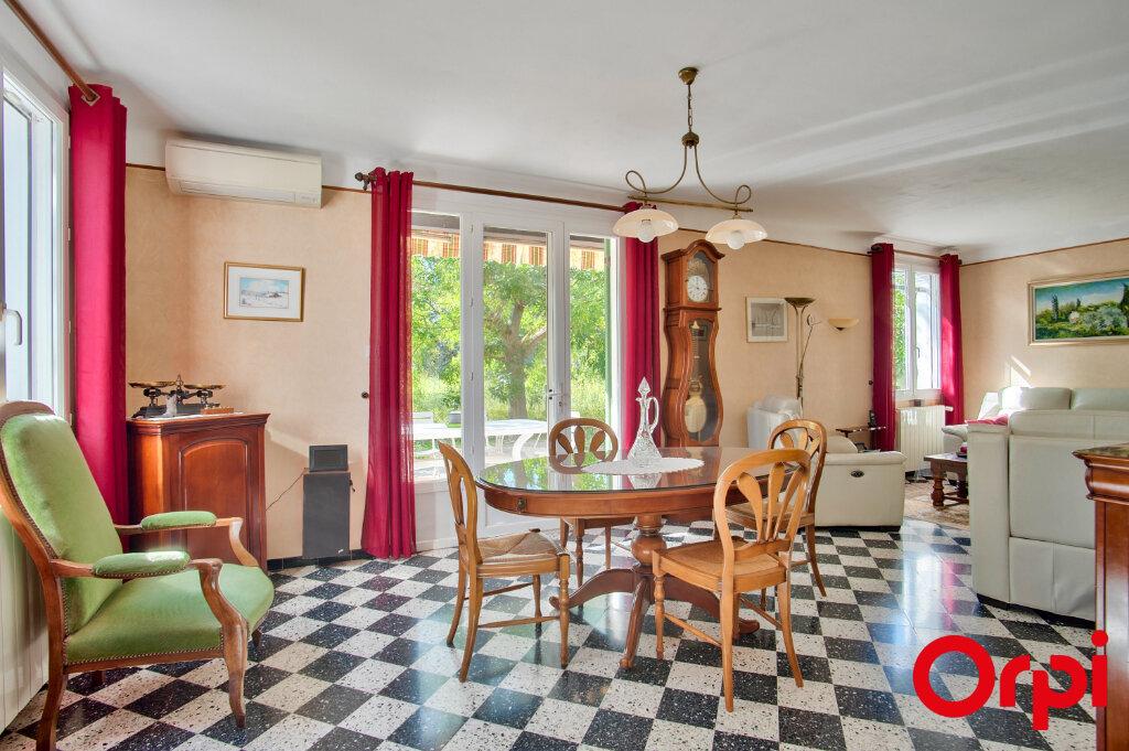 Maison à vendre 6 130m2 à Mouriès vignette-2