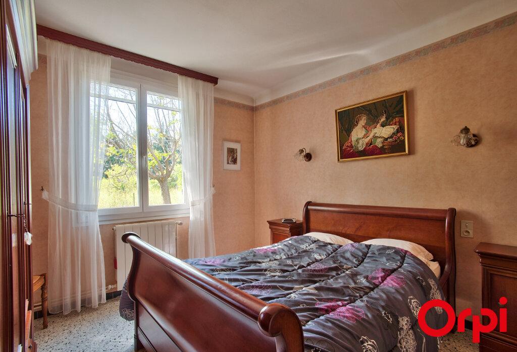Maison à vendre 6 130m2 à Mouriès vignette-6