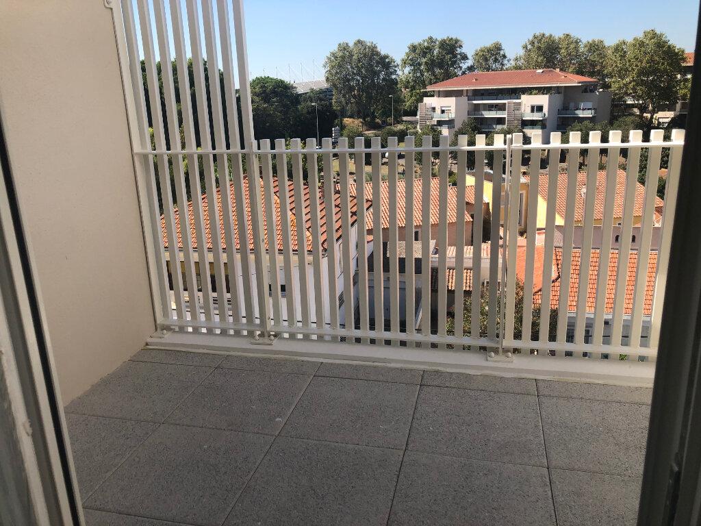 Appartement à louer 2 40.74m2 à Istres vignette-1