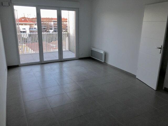 Appartement à louer 2 40.74m2 à Istres vignette-4