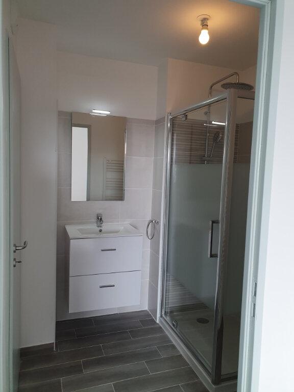 Appartement à louer 2 36.46m2 à Istres vignette-3