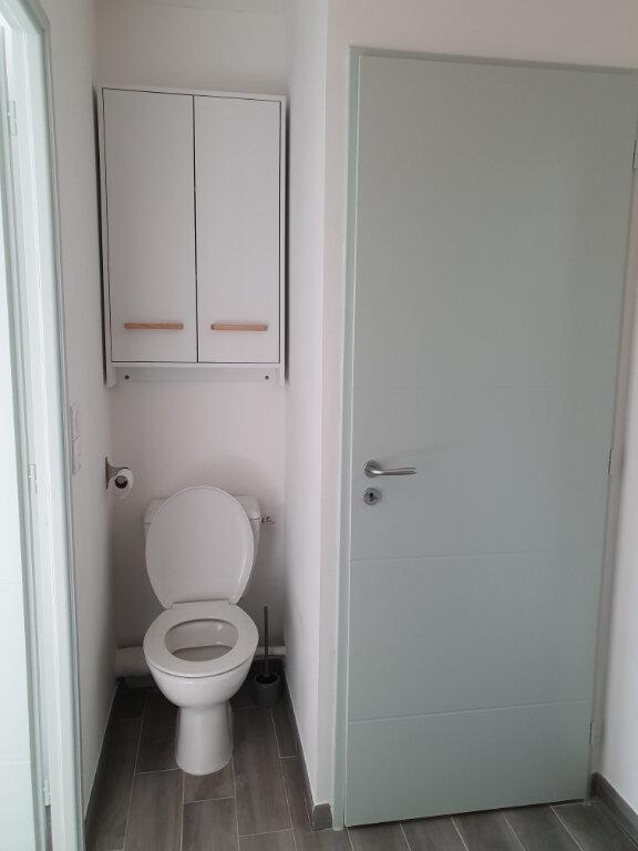 Appartement à louer 2 36.46m2 à Istres vignette-8