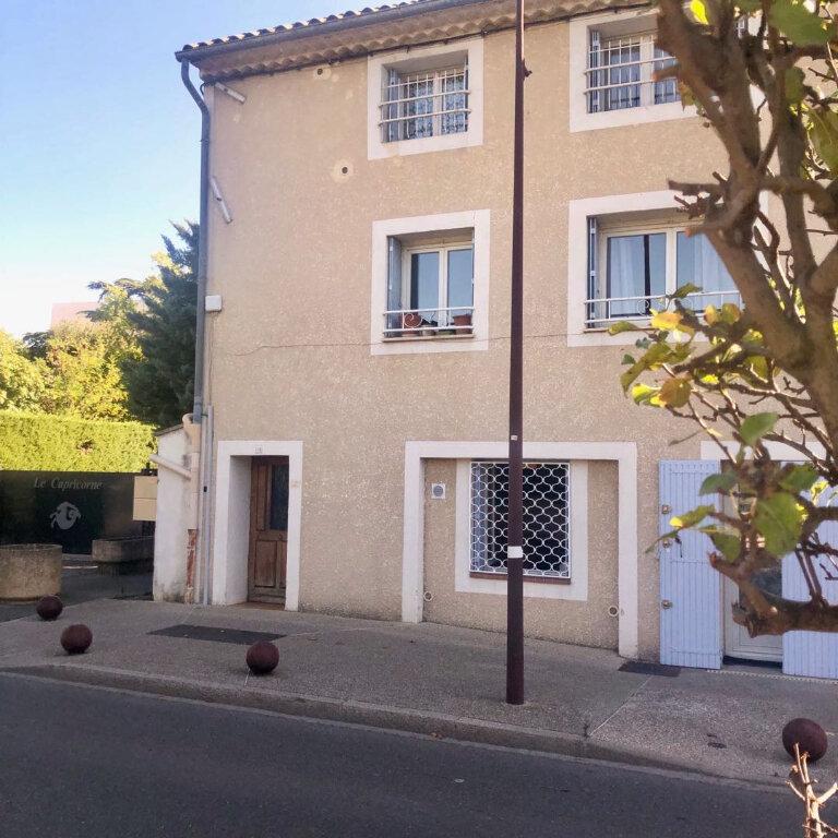 Appartement à louer 2 39.35m2 à L'Isle-sur-la-Sorgue vignette-2