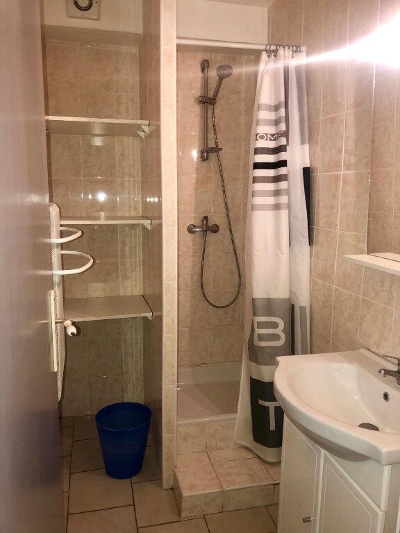Appartement à louer 2 39.35m2 à L'Isle-sur-la-Sorgue vignette-3