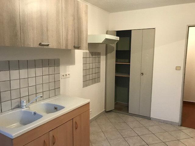 Appartement à louer 2 45.84m2 à Saint-Martin-de-Crau vignette-2